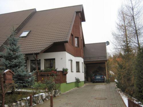 2005 bild 03 Doppelhaus Großfriesen