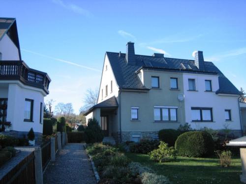 2008 bild 02 Doppelhaus Plauen
