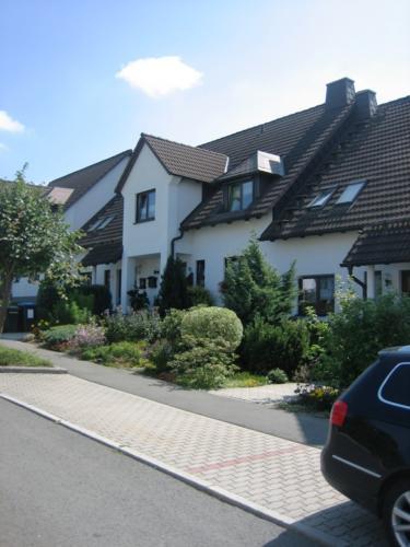 2008 bild 11 Reihenhaus Oeslnitz