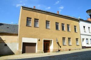 Mehrfamilienhaus in Treuen